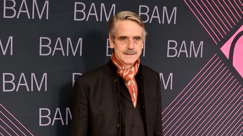 """Illustration for article titled Jeremy Irons to play mysterious British lord on HBO's """"remixed"""" Watchmen"""