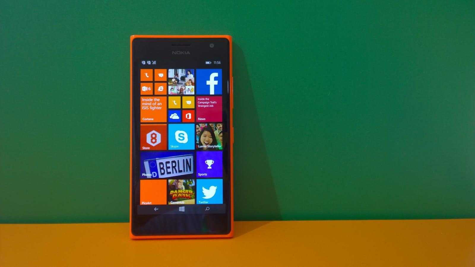 Nokia lumia 735 microsoft ya tiene su m vil para selfies for Primicias ya para movil