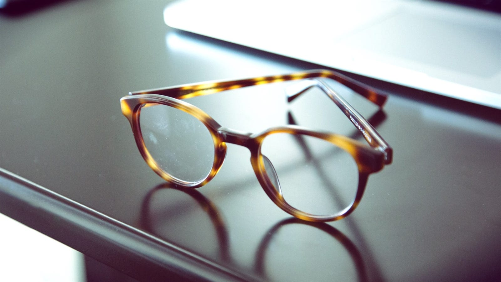 ef5ba049d43 What You Need to Know When Buying Glasses Online