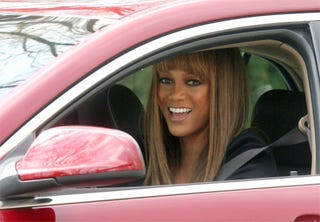Illustration for article titled Tyra Banks Smiles With Eyes And Mouth