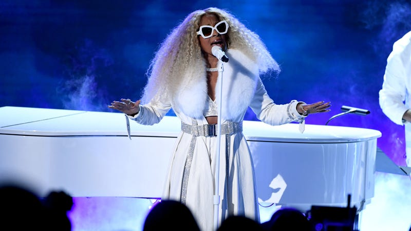 Mary J. Blige Fully Embraced Her Queendom at the BET Awards
