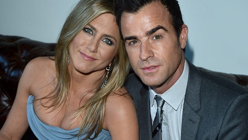 Illustration for article titled Jennifer Aniston Made Justin Theroux Ditch His Beloved STD Memorabilia