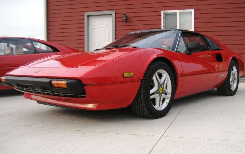 Illustration for article titled The World's First Reverse Fauxrarri