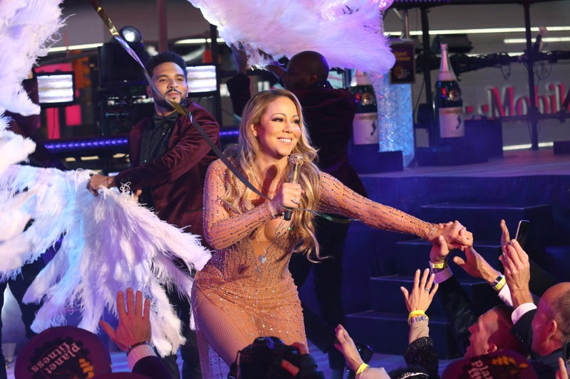 Mariah Carey storms off stage after NYE performance goes horribly wrong