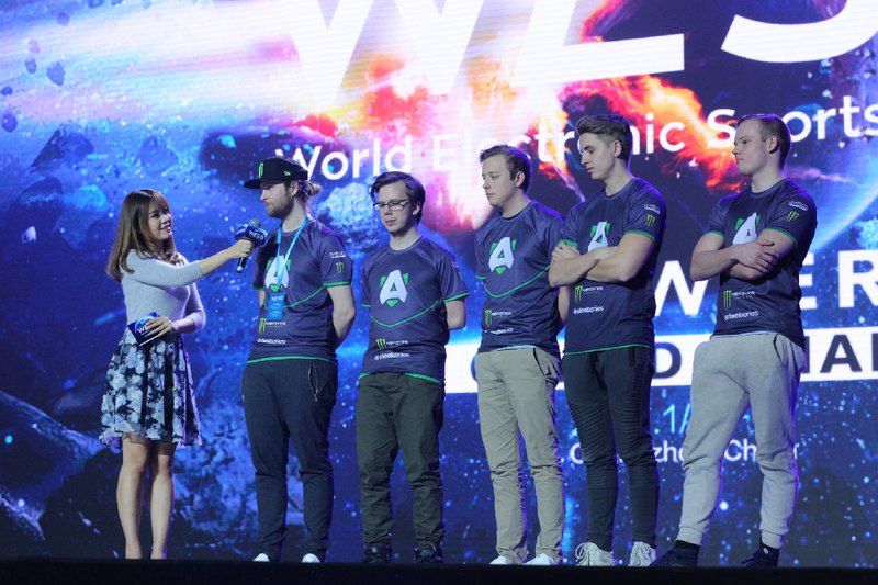 Dota 2 team Alliance being interviewed on stage at the WESG 2016 Finals. Image via Starladder.TV