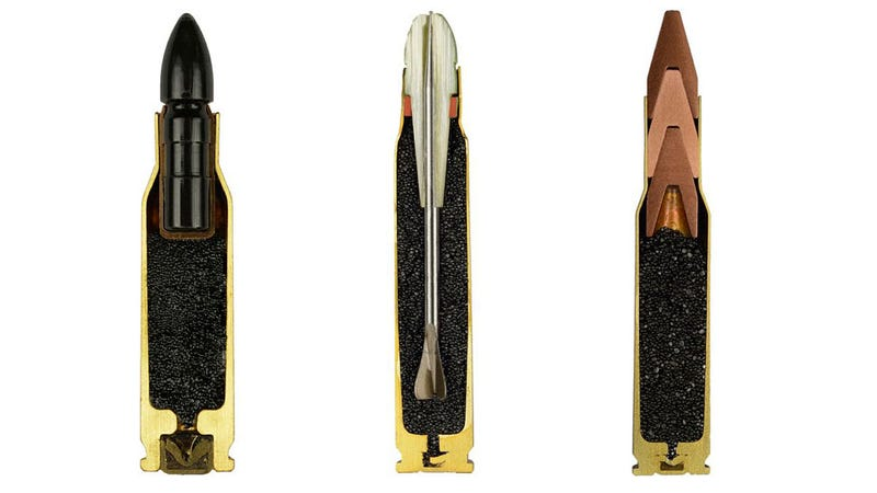 Illustration for article titled Estas fotos de balas por dentro las hacen aún más aterradoras