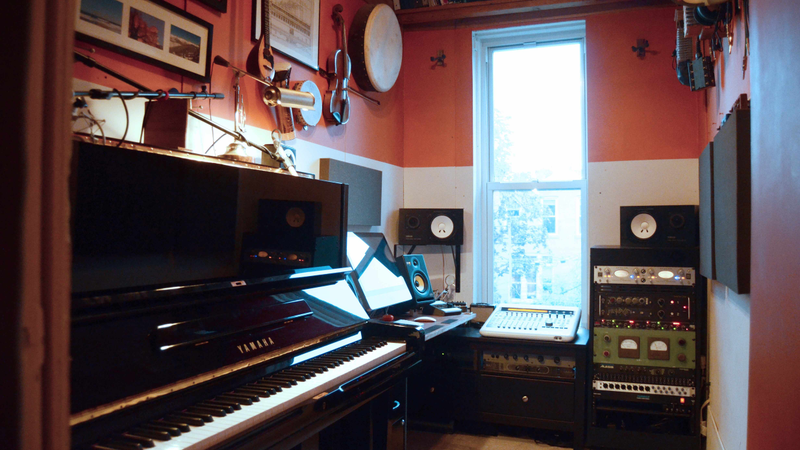 Marvelous A Professional Recording Studio In An Unbelievably Tiny Room Largest Home Design Picture Inspirations Pitcheantrous