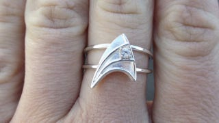 """Illustration for article titled Star Trek engagement ring guarantees a lifetime of """"Engage"""" jokes"""