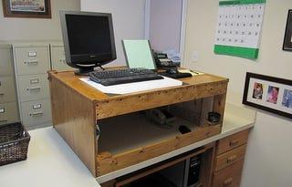 Illustration for article titled The Improvised Standing Desk