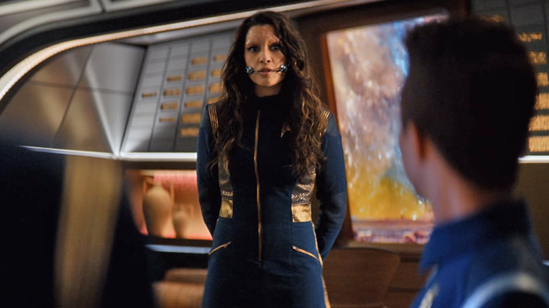 Commander Nhan wears a dress-cut of the typical Discovery uniform, but are we about to see some men wear it too?