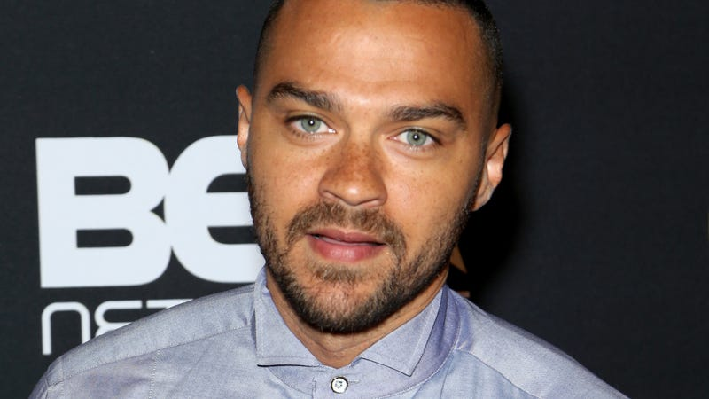 Illustration for article titled Damn, Dzaddy: Jesse Williams Ordered to Pay Over $50,000 a Month in Child Support
