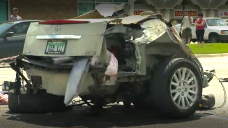 Illustration for article titled No One Was Hurt When This Cadillac CTS Was Cut In Half