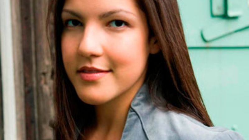 sloane crosley essay Look alive out there essays by sloane crosley available in hardcover on powellscom, also read synopsis and reviews sloane crosley returns to the form that made her a household name in.
