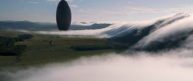 Illustration for article titled The Helicopters Overshadow the Spaceships in This Arrival VFX Video