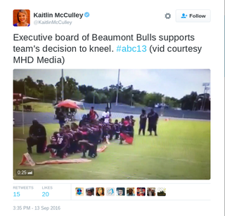 Beaumonth Bulls youth football teamTwitter via @KaitlinMcCulley