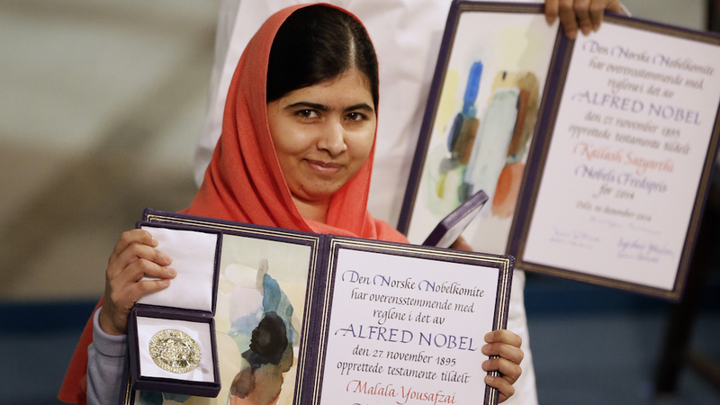 Illustration for article titled Malala Yousafzai Accepts Her Nobel Peace Prize