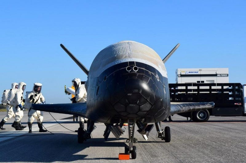 Illustration for article titled The X-37B is back