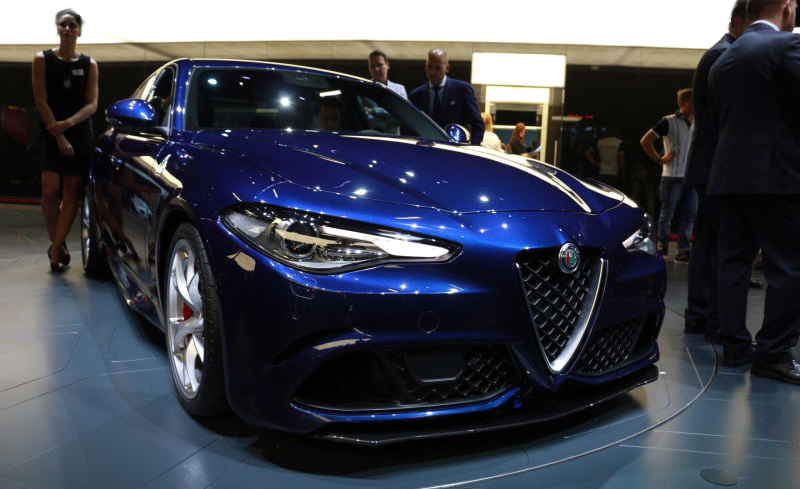 Illustration for article titled Surprise! Alfa Romeo Giulia Sedan And New SUV Delayed: Report