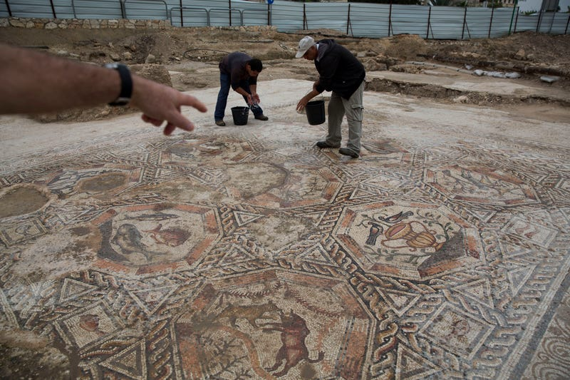Illustration for article titled These Huge Roman Mosaics Were Hidden Under City Streets For 1,700 Years