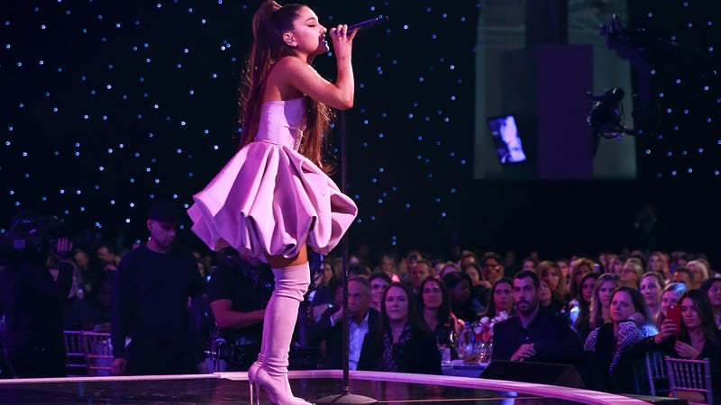 Illustration for article titled Ariana Grande Had to Cancel Her New Year's Show, and 2019 Really Needs to Be Nice to Her Already