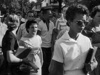 Hazel Bryan and Elizabeth Eckford in 1957 (MSNBC)