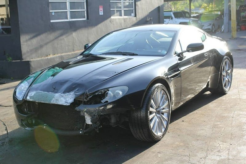 Illustration for article titled For $17,950, Could You Become An Accidental Tourist In This 2007 Aston Martin V8 Vantage?