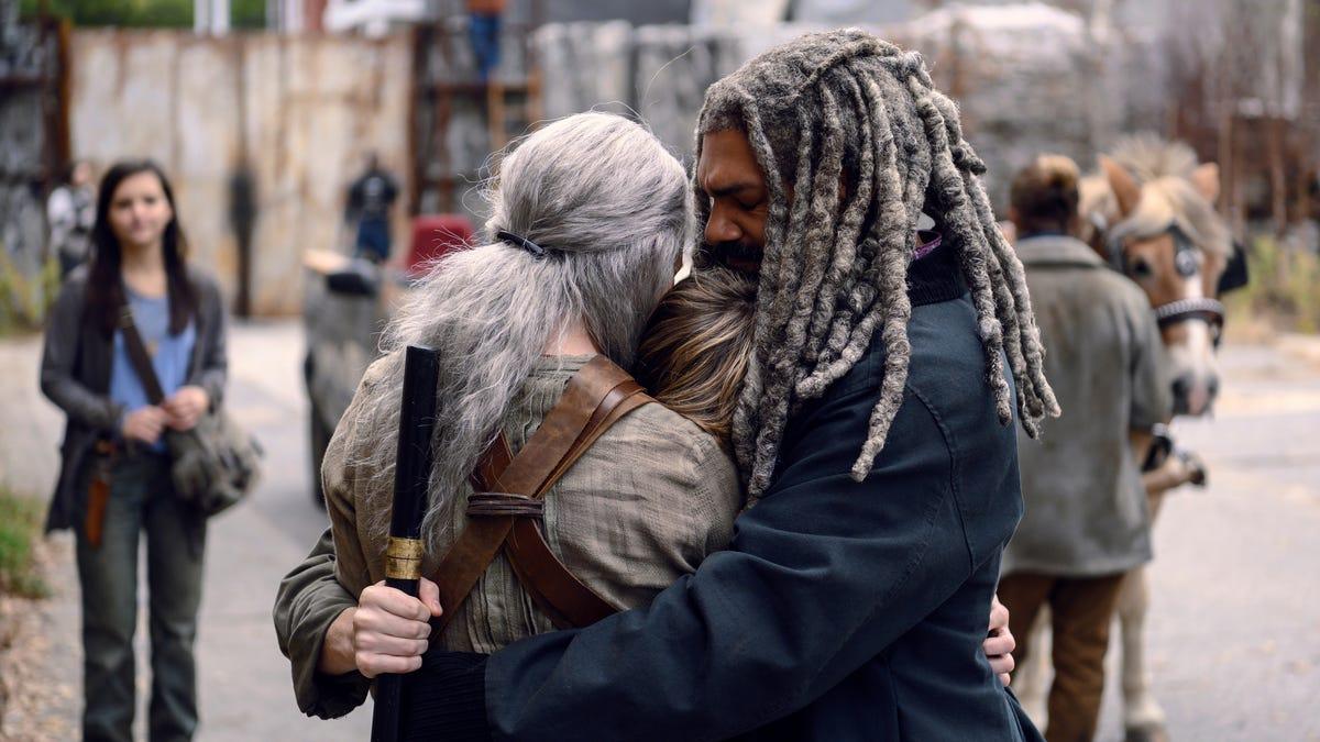 gizmodo.com - Rob Bricken - Walking Dead Calm Before Recap: Shocking, Savage, Spectacular