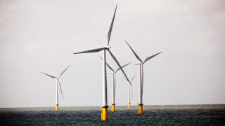 Illustration for article titled Offshore Wind Farms Might Save Us From Hurricanes