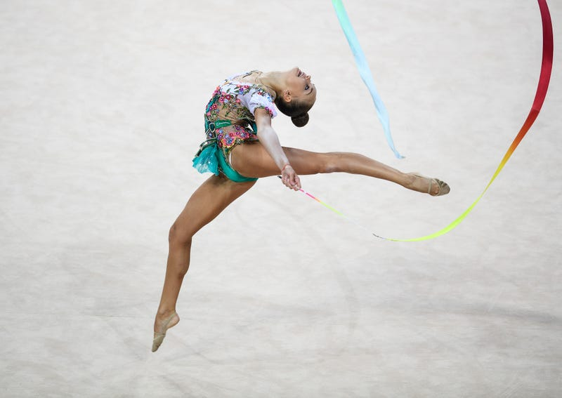 knots happen equipment malfunction at rhythmic gymnastics world