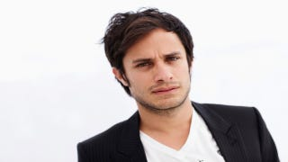 Illustration for article titled Gael Garcia Bernal Welcomes Baby Girl