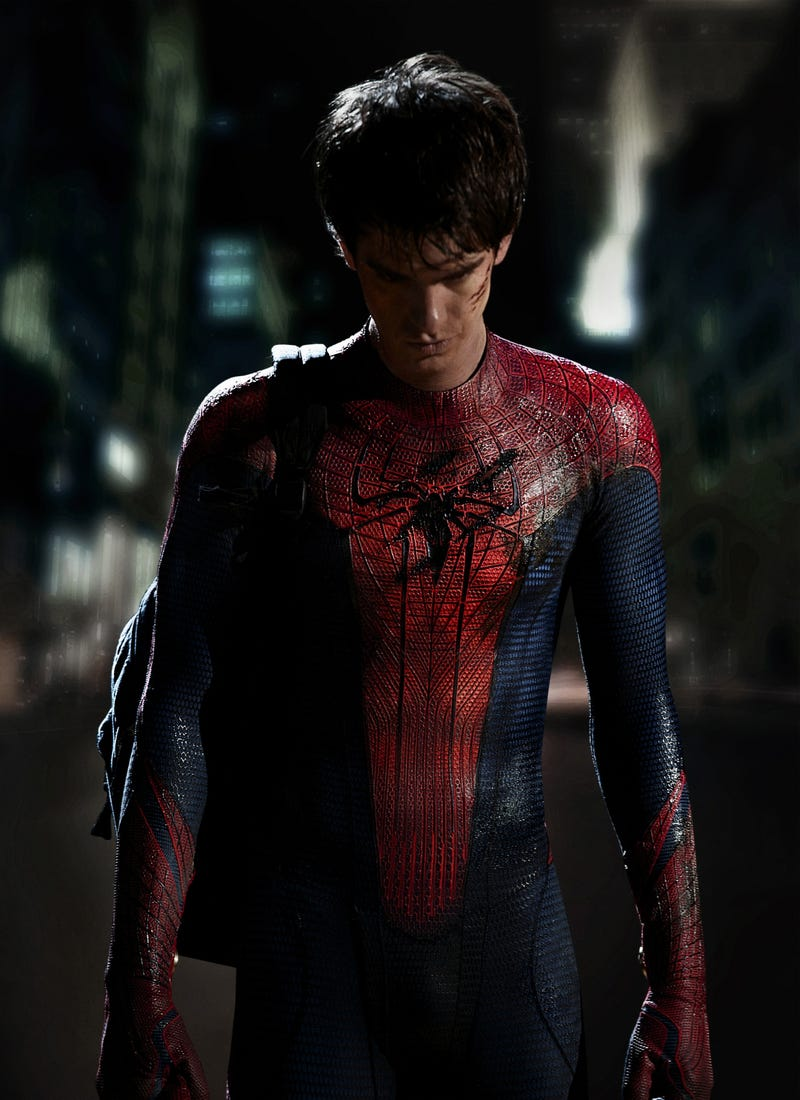Illustration for article titled First Look at Andrew Garfield in his Spider-Man Suit