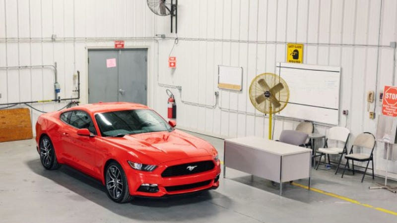 Illustration for article titled The Clearest Photo Of The 2015 Ford Mustang Yet