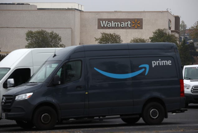 Amazon Announces Totally Not Alarming Plan to Install Surveillance Cameras in Every Delivery Vehicle