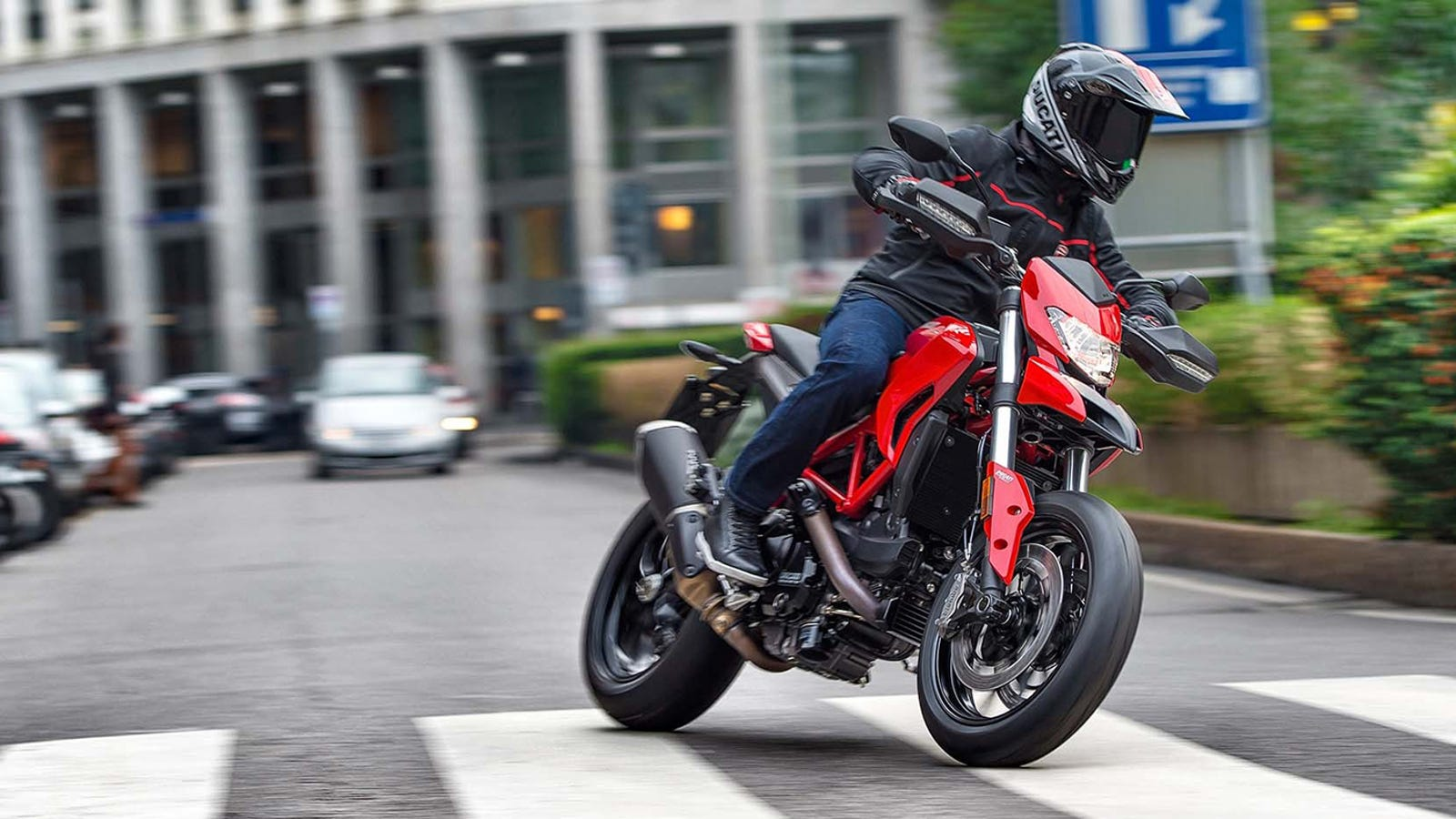 What No One Tells You About Commuting On A Motorcycle