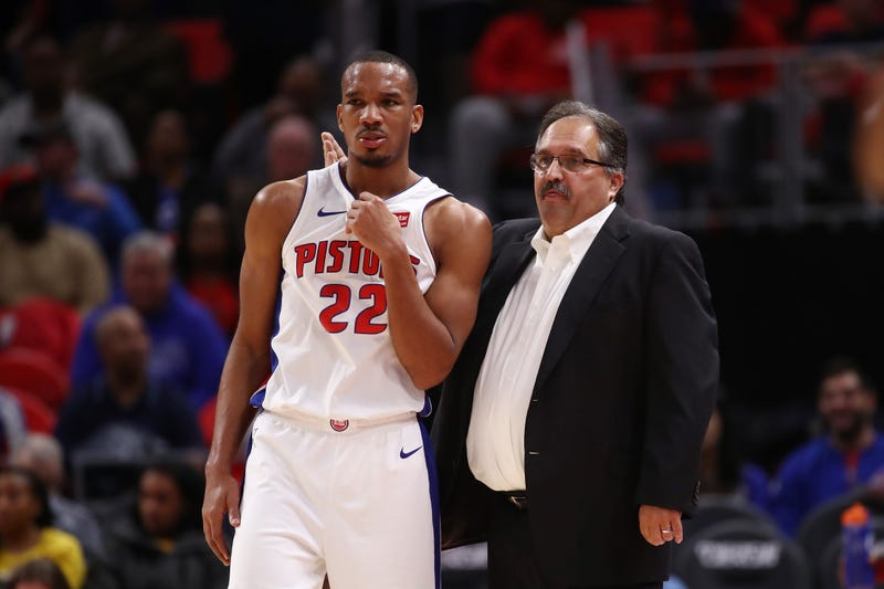 Detroit Pistons head coach Stan Van Gundy talks to No. 22 Avery Bradley during a game against the Indiana Pacers at Little Caesars Arena on Nov. 9, 2017, in Detroit. (Gregory Shamus/Getty Images)