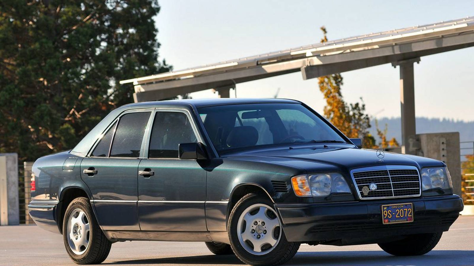 At $7,000, Could This High-Mileage 1995 Mercedes-Benz E300D Still