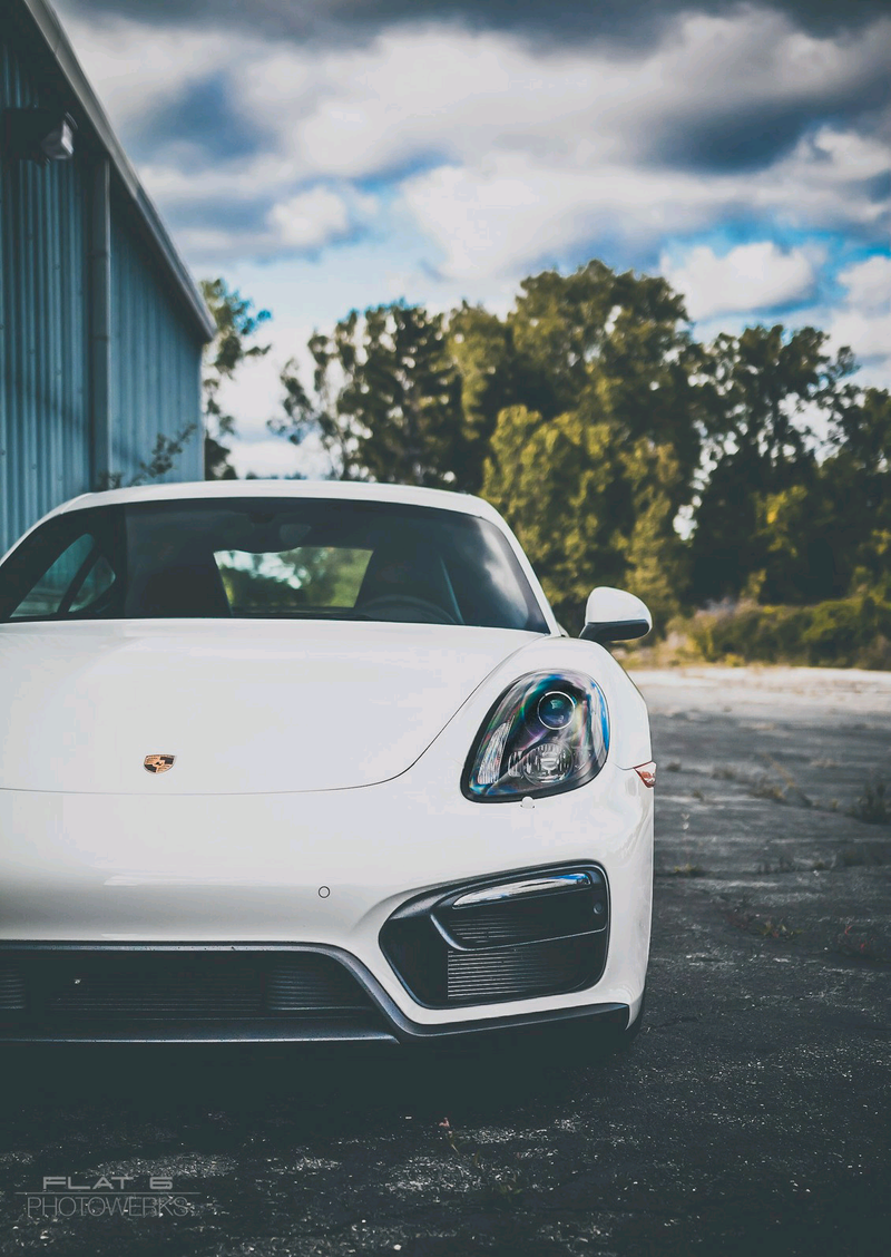 Illustration for article titled Had an awesome local photographer take pics of my Cayman last Sunday...