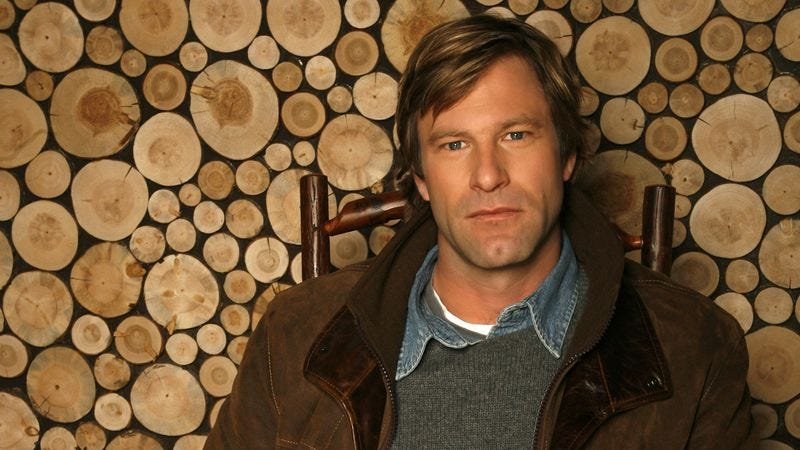 Illustration for article titled Aaron Eckhart unwinds on Nerdist, and Freakonomics is a gossip
