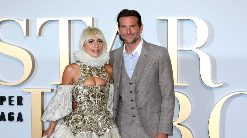 Illustration for article titled A Star Is Born is real: Bradley Cooper sang with Lady Gaga onstage in Las Vegas