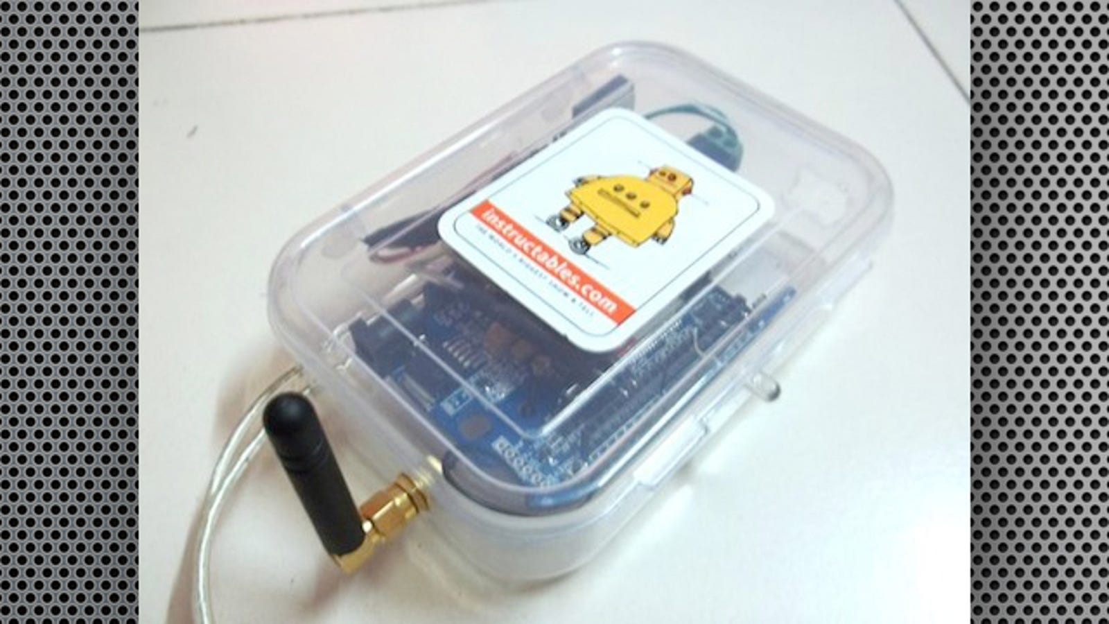 Build Your Own GPS Car Tracking System