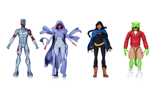 Illustration for article titled Terry Dodson's Alternate Teen Titans Are Getting Their Own Lovely Toys