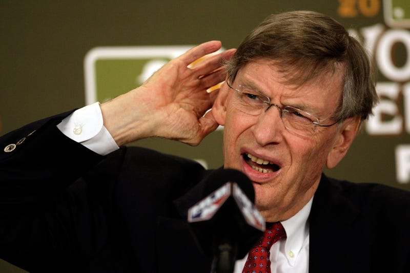Illustration for article titled Twitter Lets Bud Selig Know That The Teams With Better Records Are Getting Screwed
