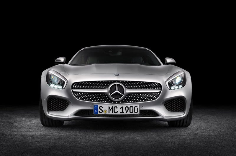 Illustration for article titled Some Mercedes-AMG GT Pixel Art I did for school