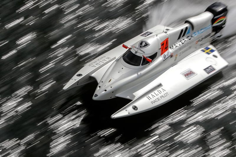 Illustration for article titled Breaking News: Erik Stark has landed an F1H2O Ride for the 2019 GP of Portimao