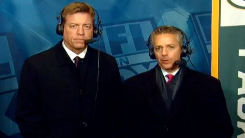 Illustration for article titled Joe Buck Walks In On Troy Aikman Covering NFL Game With Another Man