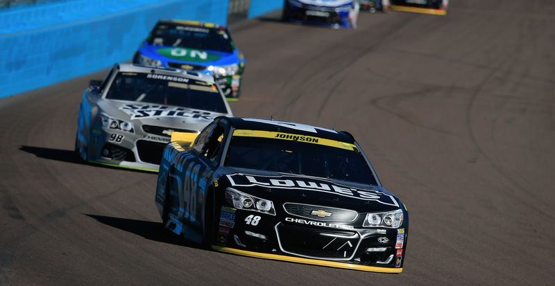 Jimmie Johnson leads a pack of Chevrolet SS race cars at Phoenix International Raceway in 2016. Photo credit: Chris Trotman/Getty Images
