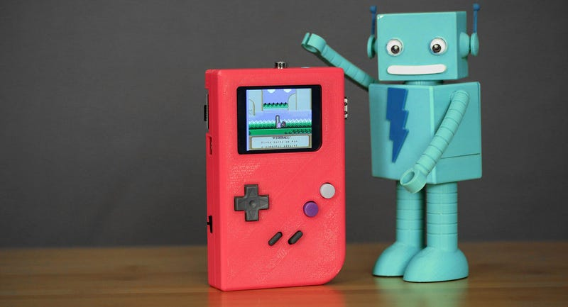 Illustration for article titled Fabrica tu propia consola Gameboy casera con una Raspberry Pi