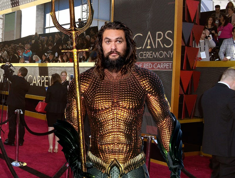 Illustration for article titled Jason Momoa Clearly Came To Oscars Straight From Work