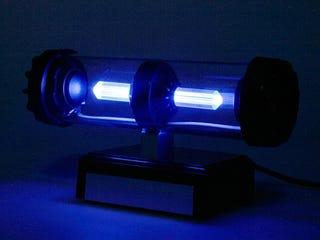 Illustration for article titled USB LED Light Tube Speaker is Like Bad Sci-Fi Prop For Your Desk