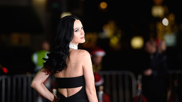 Katy Perry Picks Up Her Mic to Perform At This Year s Grammys